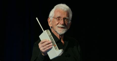 First Mobile Phone Call Was Placed Exactly 40 Years Ago