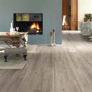 quickstep impressive ultra 12mm saw cut grey oak laminate With what saw for laminate flooring