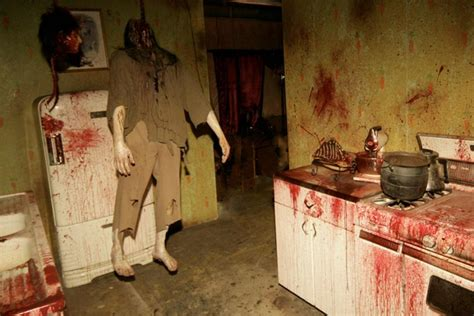America's Scariest Halloween Attractions : Haunted ...