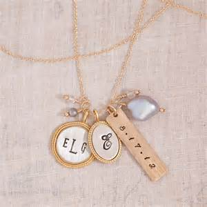 personalized necklaces for your individuality