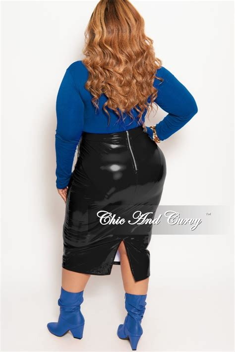 Final Sale Plus Size Patent Leather Pencil Skirt With Gold