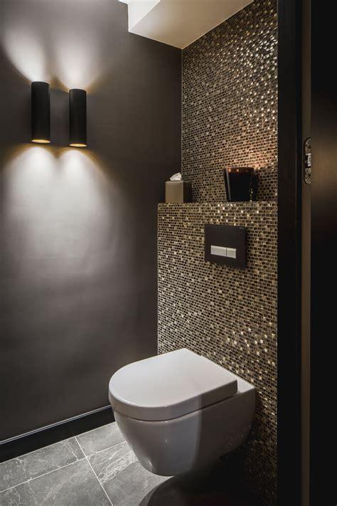 Kleines Badezimmer Dunkle Fliesen by Idee G 228 Ste Wc Mosaik Glimmer Dunkle W 228 Nde Schimmer