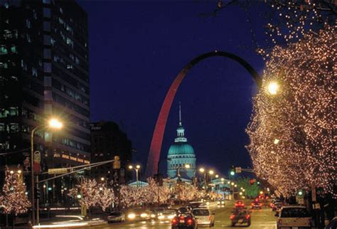 holiday light festivities in st louis