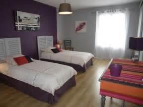id 233 e peinture chambre couleurs aubergine gris chambre coloris chambre trend maison