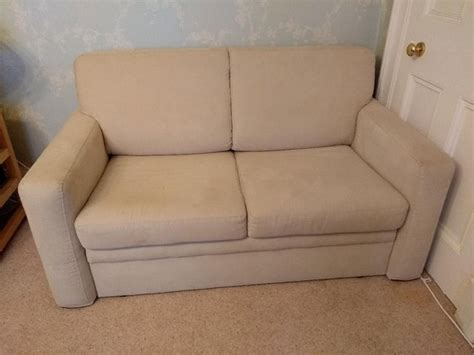 Second Bed Settees by Quality Bed Settee From Lewis For Sale In