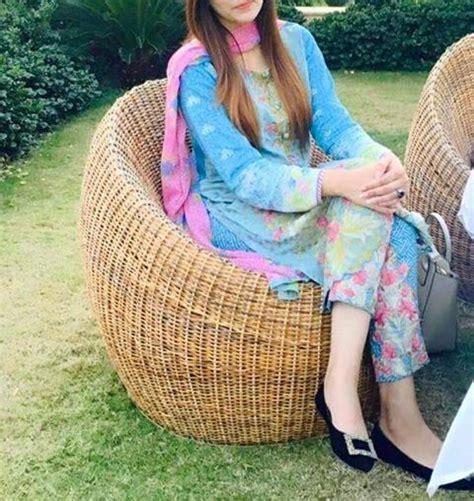pin  aymee raja  dpzz fashion stylish girl stylish dp