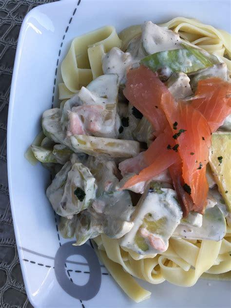 pates courgettes saumon fume p 226 tes courgettes et saumon fum 233 et sa cuisine gourmande et l 233 g 232 re