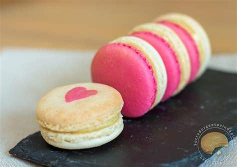 macaron hervé cuisine macarons vanille fraise sucre d 39 orge et d 39 epices