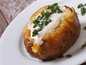 pommes de terre au four et cr 232 me aux herbes recette de