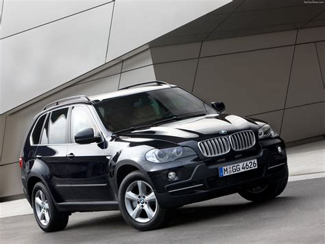 The x5 made its debut in 1999 as the e53 model. BMW X5 Security Plus (2009) - pictures, information & specs