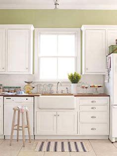 photos of kitchen backsplashes 2x4 white subway tile backsplash cup drawer pulls 4163