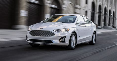 2019 Ford Fusion Debuts With Minor Design Changes, More