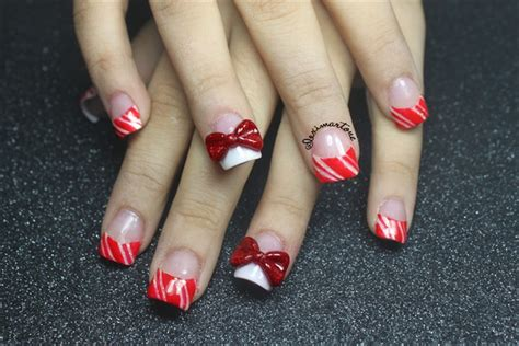 Christmas Candy Cane Nails!