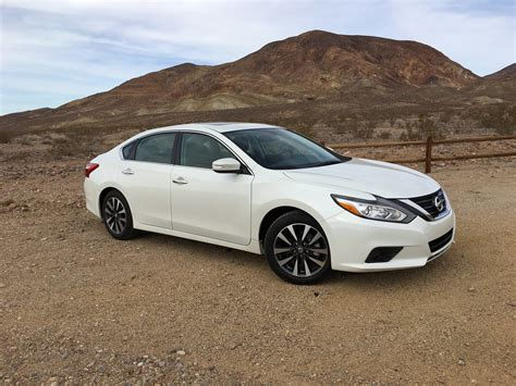 Nissan Car : 2016 Nissan Altima Sl Review