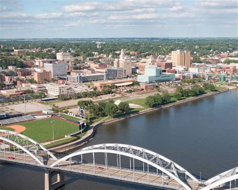 Opinions on Davenport, Iowa