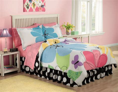 19 Cute Girls Bedroom Ideas Which Are Fluffy, Pinky, And All