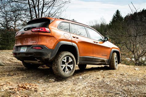 jeep cherokee reviews  rating motor trend