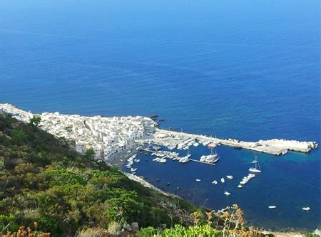 marettimo charter  vacanza noleggio barca alle isole egadi
