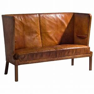 Sofa In Cognac : frits henningsen early high backed sofa in original cognac leather for sale at 1stdibs ~ Indierocktalk.com Haus und Dekorationen