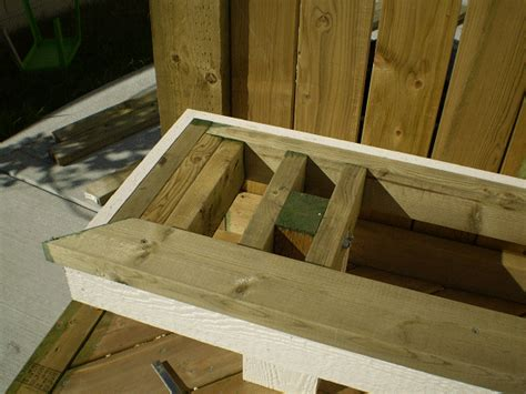 Building A Deck Bench by Deck Ideas On Deck Benches Deck Railings And