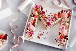 Kuchen Dekorieren Ideen : tolle ideen f r torten kuchen und deko zum einschulungsfest z b benjamin bl mchen torte bunt ~ Markanthonyermac.com Haus und Dekorationen