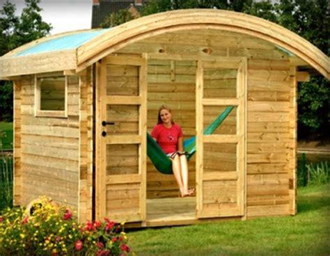 maison de jardin en bois pas cher cabanes abri jardin