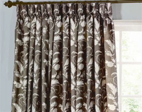 Type Of Curtains For Traverse Rod by What Of Curtains Fit A Traverse Rod Curtain