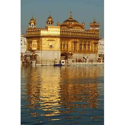 Golden Temple Amritsar Punjab IndiaTravel India