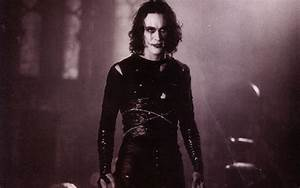 'The Crow' Remake Dies Before Resurrection - Bloody Disgusting