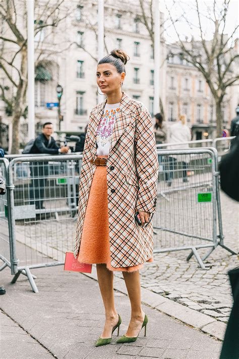 Best Street Style Of Paris Fashion Week | BeSugarandSpice - Fashion Blog