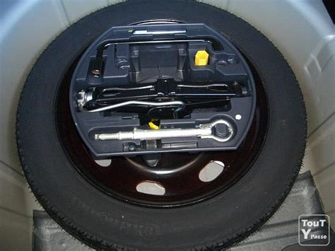 roue de secours galette peugeot 5008 recherche ensemble roue de secours galette accessoires boves 80440