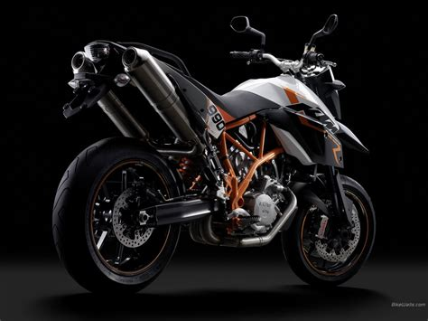 Ktm 990 Supermoto R 1280 X 960 Wallpaper
