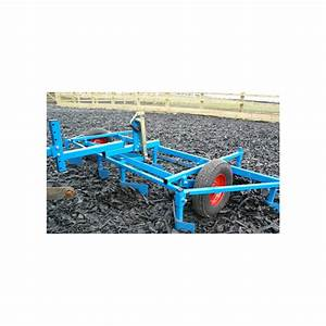 Arena leveller type with pin hitch comes as standard