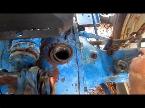 ford  tractor hydraulic lift rear axle servicing