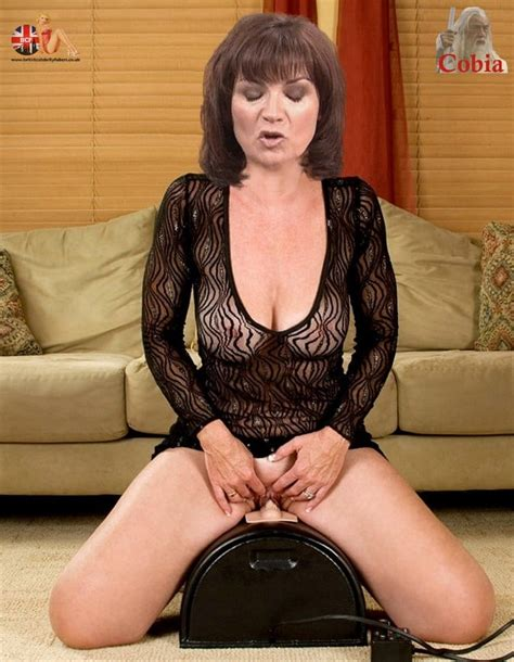 Lorraine Kelly Sex And Nude Fakes 24 Pics Xhamster