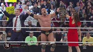 Why is Triple H the WWE World Heavyweight Champion?