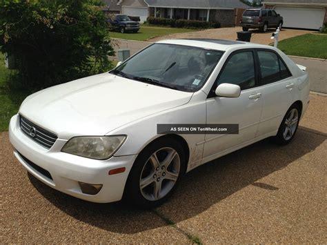 lexus sedan 2001 2001 lexus is300 base sedan 4 door 3 0l