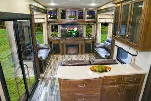 Kitchen Island With Seats The 2015 Solitude 375 Re Fifth Wheel Wins Best In Show
