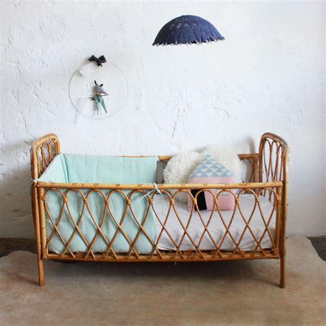 chambre en osier lit bébé rotin vintage e378 lit bebe rotin et lits