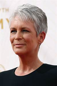 Coupe Cheveux Gris Femme 60 Ans : coupe cheveux gris femme 60 ans ~ Voncanada.com Idées de Décoration