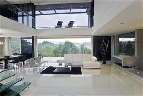elegante  moderna casa en medellin paperblog