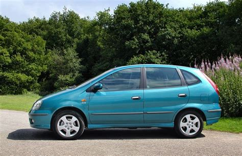 nissan almera tino estate   review parkers