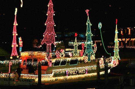 newport light parade cruises newport beach christmas boat parade 2013 tickets on sale