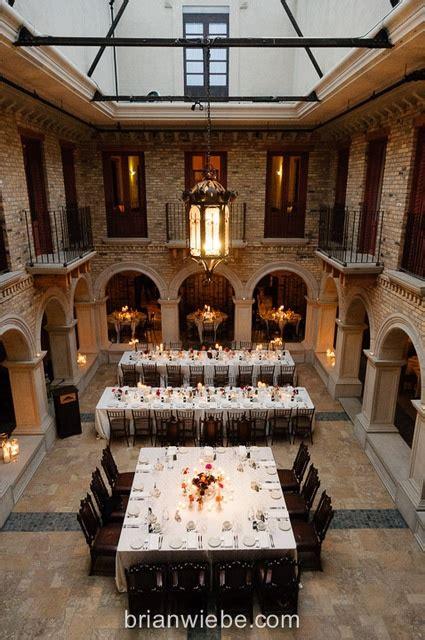 romantic courtyard dining  hacienda sarria wedding