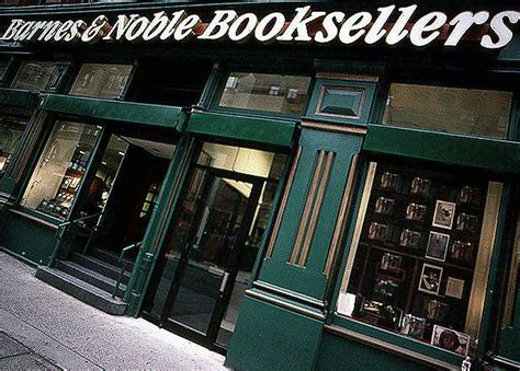 Cool Book Store Windows