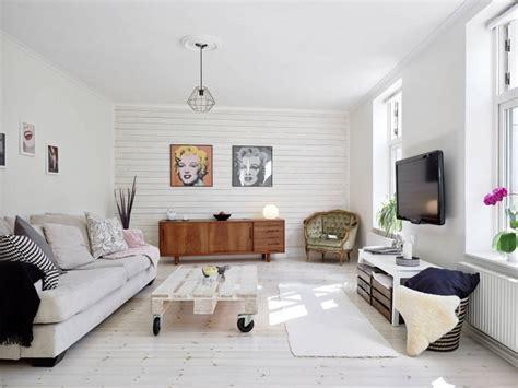 canapé gaverzicht lambris bois blanc inviter le style cagne chic à la maison