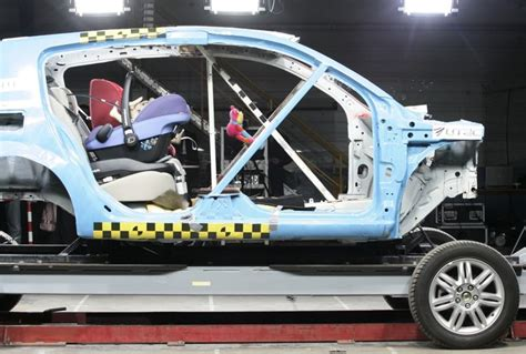 limite age siege auto siège auto i size un choix limité actu automobile