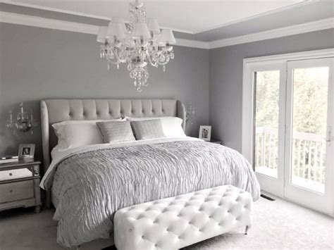 Gorgeous Gray And White Bedrooms by 10 Calm And Charming All White Bedrooms Master Bedroom Ideas