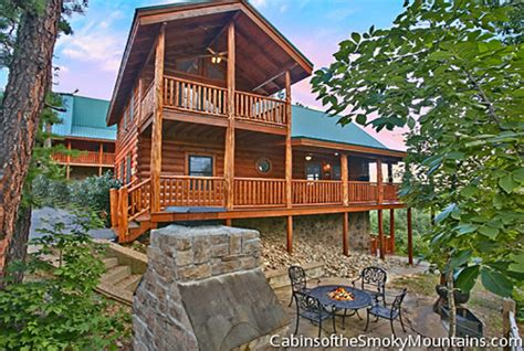 4 Bedroom Cabins In Pigeon Forge by Pigeon Forge Cabin Running 4 Bedroom Sleeps 14