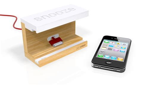 how is snooze on iphone snooze iphone wood dock